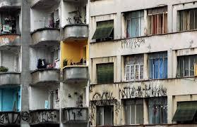 desmonte prédio em frente do minhocaõ